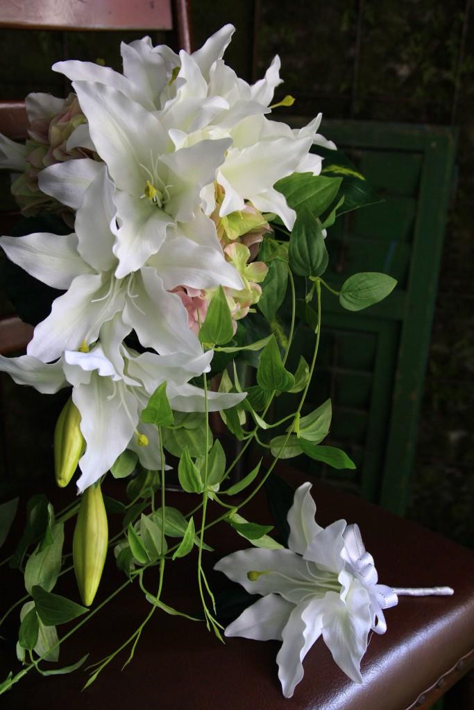 キャスケードブーケ 造花